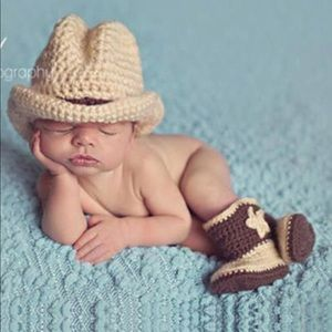 Other - 🐴New 🐴Adorable Hand Knitted Photo Prop🐴